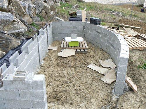 La ma onnerie cabanes abris de jardin et extensions construire soi m me - Construire cabane jardin bois amiens ...