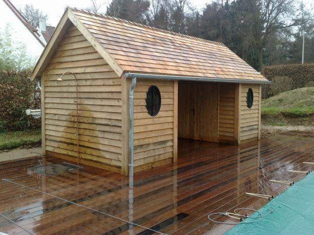 Pool house en bois for Plan pool house piscine